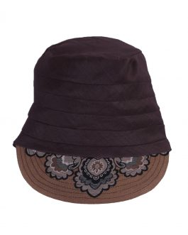 Closed back 3 part cap with design sport wear